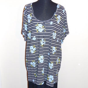 5X Woman Within Black White Blue Henley Top EUC